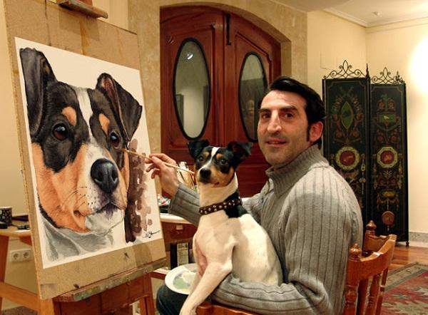 Juan Cáneba y sus retratos para perros
