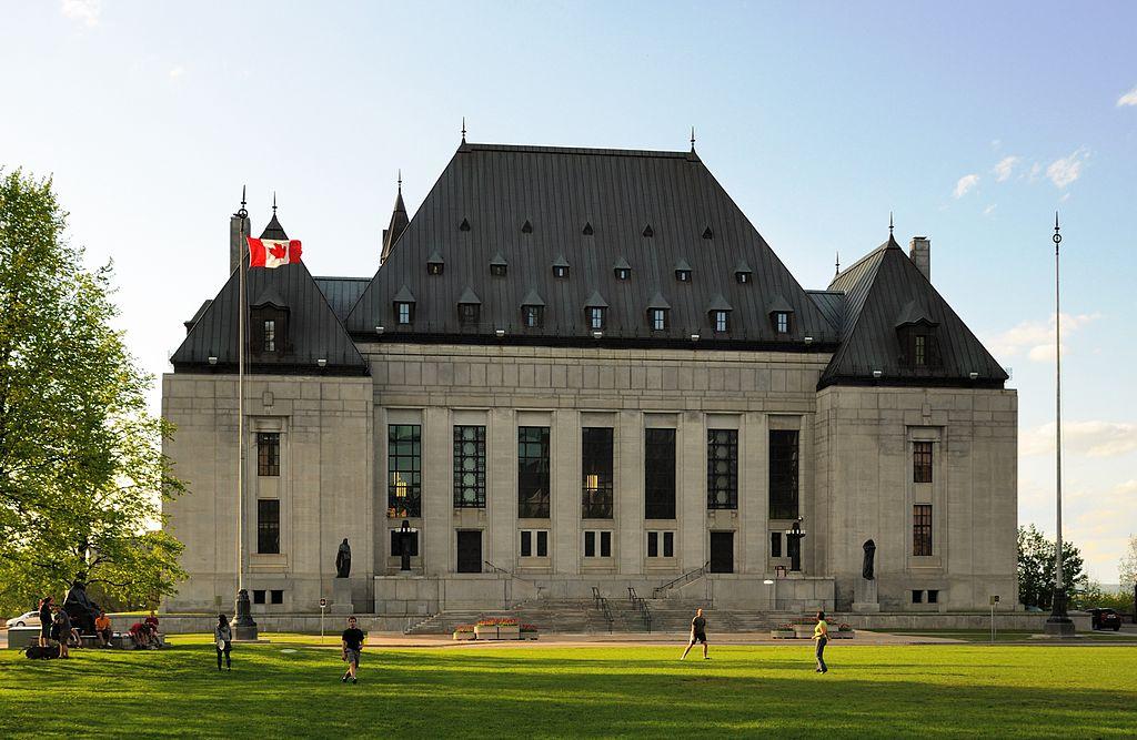 tribunal canadiense aprueba la zoofilia