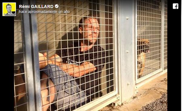 Rémi Gaillard se encierra en una jaula para recaudar fondos