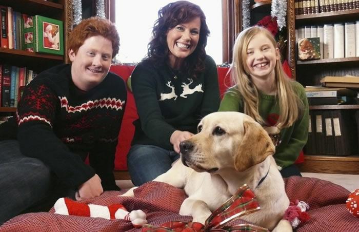 El perro que salvó la Navidad (2009)