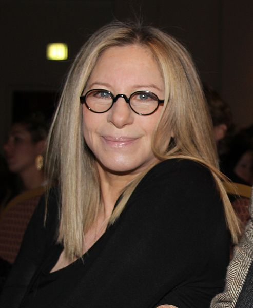 Barbra Streisand clonó a su perrita fallecida